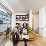 |仲良し家族の自然素材空間